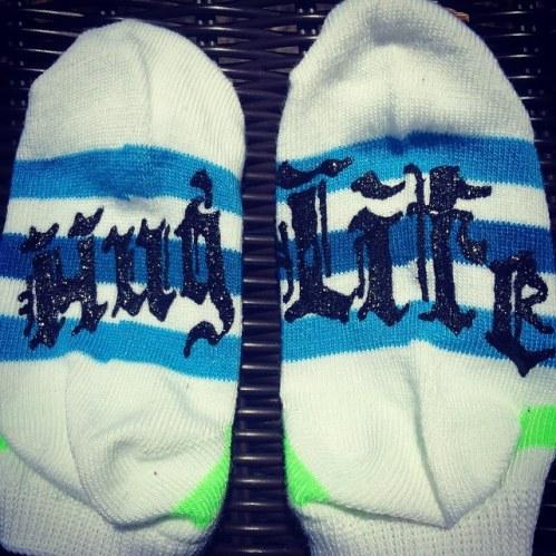 hug life socks